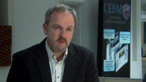 Dr. Carl Heneghan - Universidade de Oxford - Diretor do centro de medicina baseada em evidência: O Tamiflu não beneficiou a saúde humana de nenhuma forma e nós podemos ter prejudicado a saúde das pessoas.